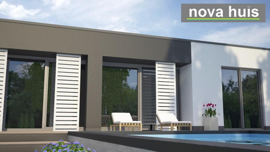 Moderne bungalow met plat dak bouwen a24 nova huis for Moderne semi bungalow bouwen